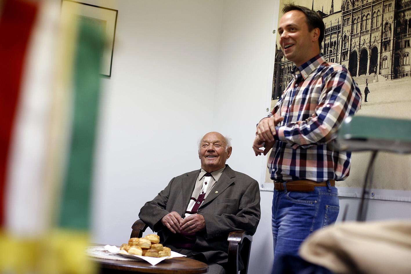 Buzánszky Jenővel, az Aranycsapat tagjával