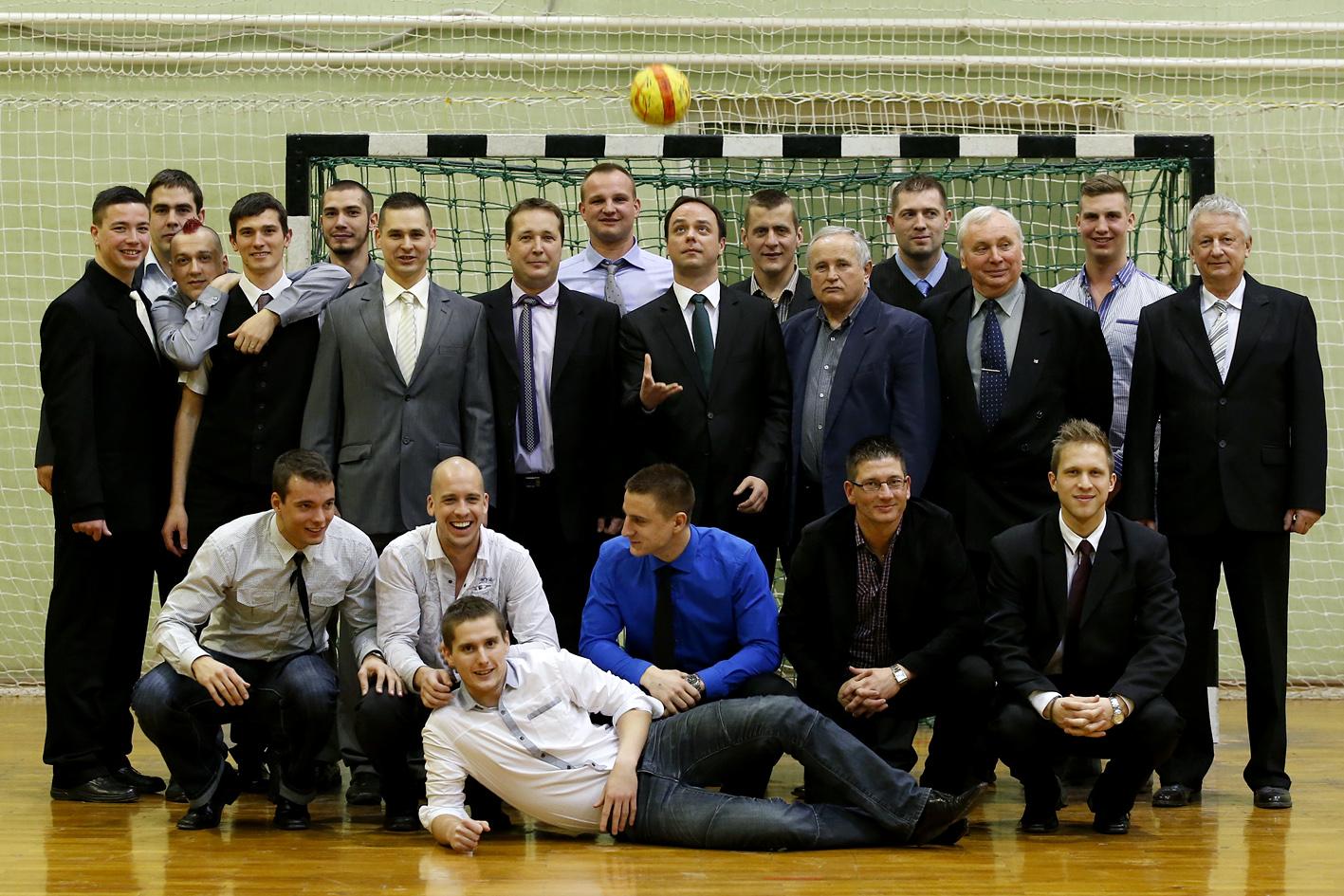 A Füzesabonyi Sport Klub kézilabdásaival
