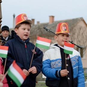 Magyarországnak újra döntenie kell