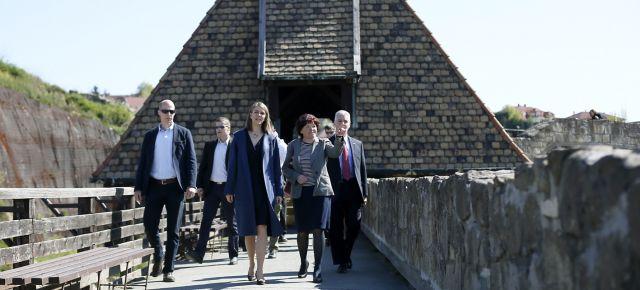 Amerikai nagykövet látogatása Egerben
