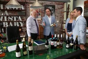 Idén is egri bort ihatnak a sztárok Cannes-ban