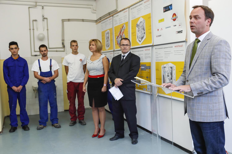 Több száz képzett dolgozót vár Eger és környéke