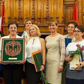 Magyarország köszönettel tartozik a védőnőknek