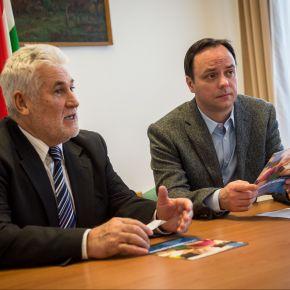 """Nyitrai Zsolt: Magyarország egy """"többgenerációs otthon"""""""