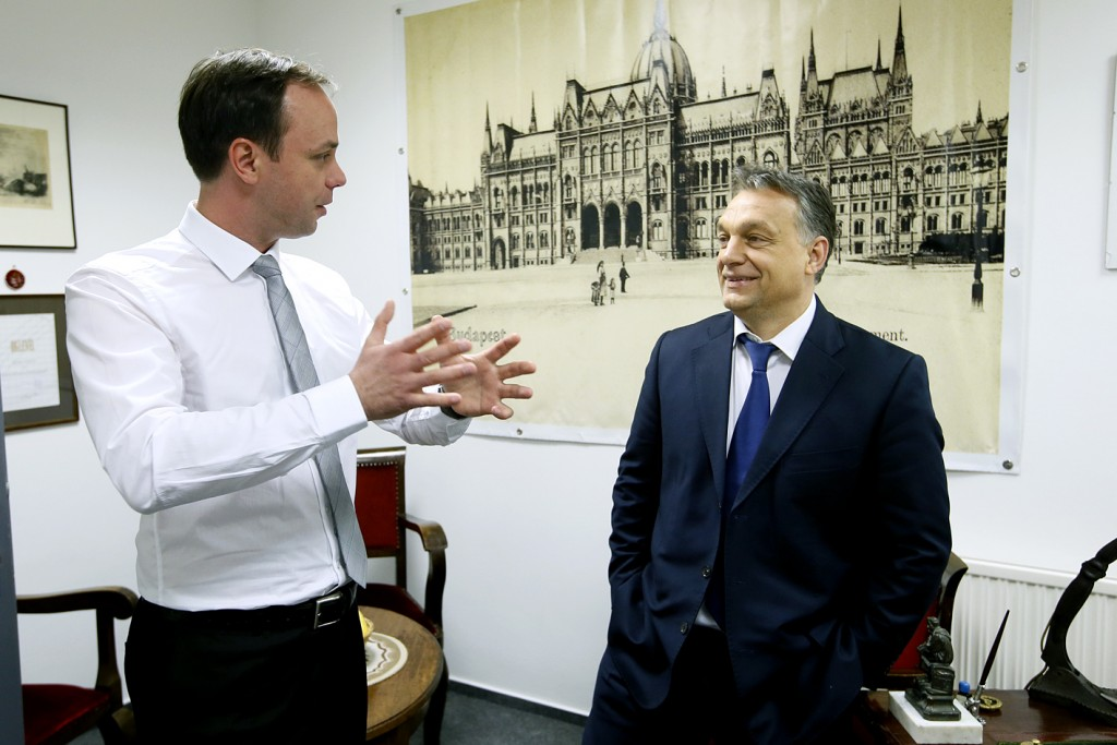 Orbán Viktor megbízta Nyitrai Zsoltot