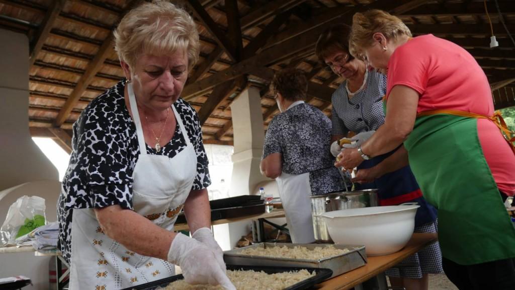 Szihalom: egyre népszerűbb a kemencés fesztivál