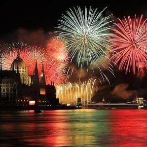 Az Olimpia parknál a mozgáskorlátozottak nézhetik a tűzijátékot