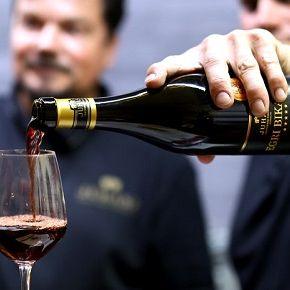Andy Vajna adott lendületet az egri boroknak